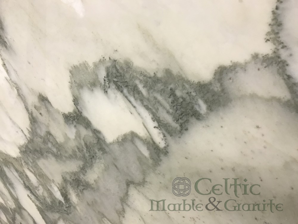Marble – Calacatta Capri close-min
