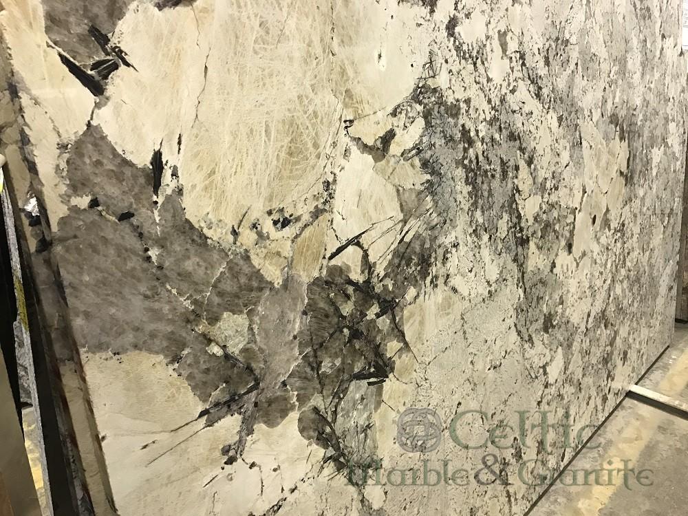 quartzite-vintage-slab