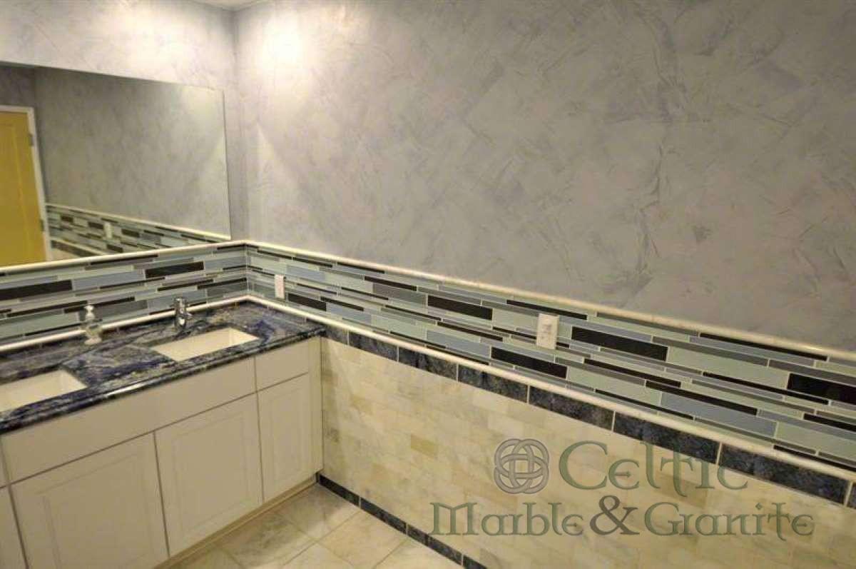 blue-bahia-granite_arabescato-cararra-3-4×3-4×12-honed-pencil-molding-b_2